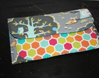 Cute clutch fleece friends of the forest and honeycomb patterned cotton