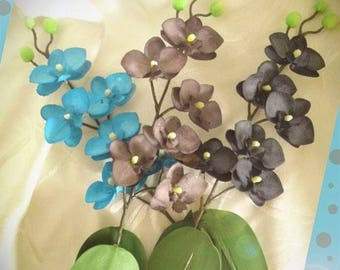 Mini artificial Phalaenopsis orchids