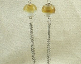 Boucles081 - Earrings with beige Pearl