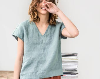 Linen top in V neck MALTA / Washed linen shirt / available in 34 colors