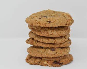 Sweet Mindy's Walnut Chocolate Chunk Cookies - 6 cookies per package - chocolate chunk, walnut cookies