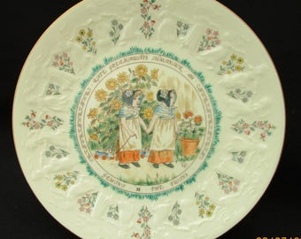 Kate Greenaway Gemini Plate. Royal Doulton 1977