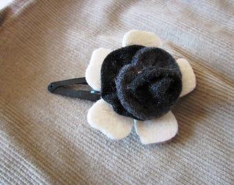felted flower hair clip