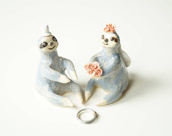 Sloth Cake Topper, Miniature Sloth Couple, Ceramic Sloth, Wedding Cake Topper, Love Sloth, Cake Topper by Her Moments
