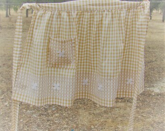 Vintage Brown and White Gingham Apron, Vintage Apron, Embroidered Apron