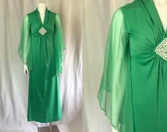Small/medium ** 1970s ANGEL SLEEVE sea green dress ** vintage seventies seafoam polyester dress