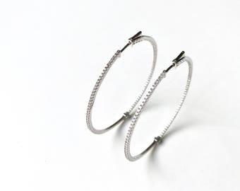 Earrings of hoop in sterling silver and pavé of circonitas. N1