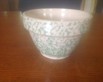 """Robinson Ransbottom RRP Roseville green spongeware bowl 6"""""""