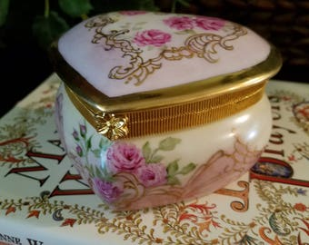 Heart Shaped hand Painted Valentines  Box with Roses and Scrolls Hinged Box, Gold border and scrolls OOAK
