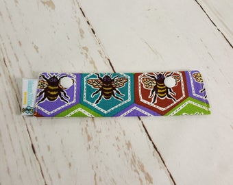 """Hexagon Bees Short Needle Cozy DPN Holder - needle project holder 7""""x2""""- (Hold up to 6"""" Needles) NCS0034"""