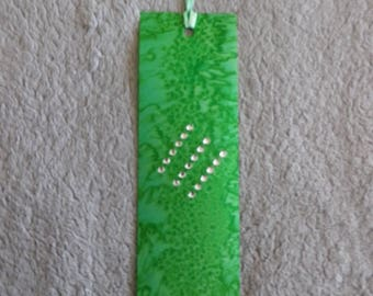 bookmark in marbled green silk with Rhinestone diagonale@evysoie