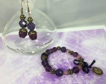 romantic set blackberries glass beads and bronze