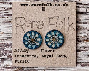 Daisy flower, wooden fashion jewelry, laser cut earrings - Blue