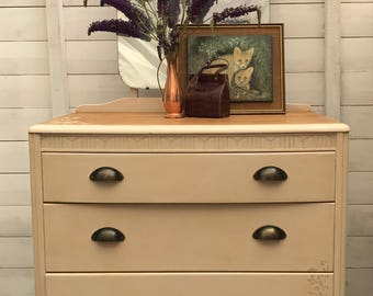NOW SOLD!! Chest of drawers with mirror, dresser, mirrored dresser