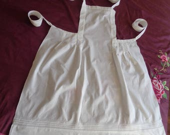 Antique French White Apron for Femme de Chambre / Chamber Maid / Kitchen maid