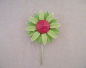 Vintage Lime Green Daisy Flower Enamel Pin with Red Center