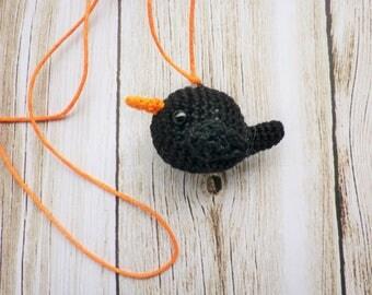 Crochet bird pendant, brooch or door keys, jewelry, Sparrow, Robin, my creation, amigurumi