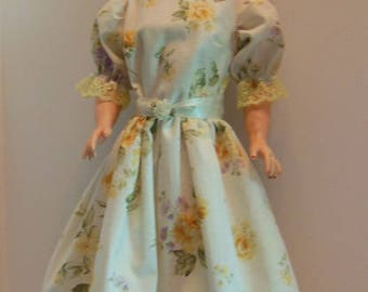 "Yellow Summer Dress Set for 28"" Darling Debbie Dolls"