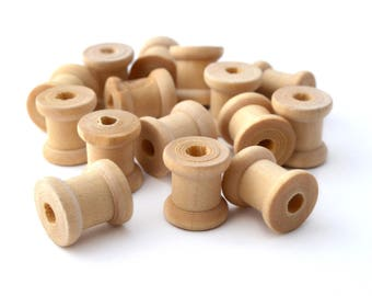 Set of 15 small 13 mm raw wooden spools