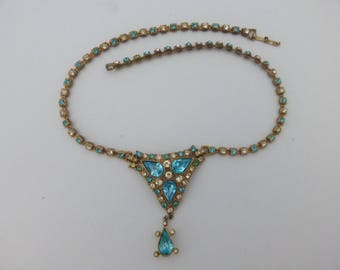 Pendant necklace aqua blue and clear rhinestones AN62