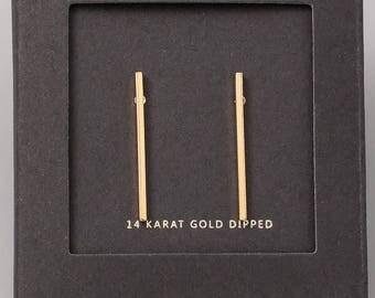 14K / White Gold Simple Straight Bar Stud Earrings