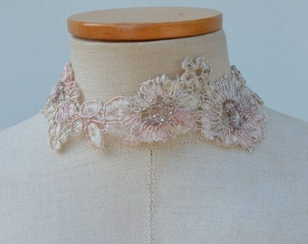Choker of lace, champagne lace necklace, Choker of neck cocker lace beaded, embroidered lace wedding necklace, beaded Choker
