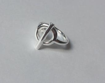 Circle and bar sterling silver ring