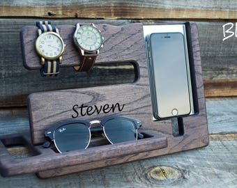 Personalized men docking station Gift for Man Christmas gift for men Dark desk organizer Christmas boyfriend gift Iphone 7 Gift for husband