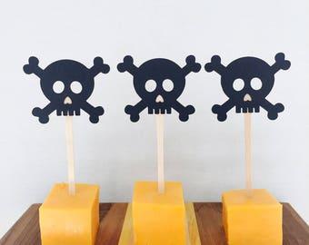 15 Halloween Appetizer Picks - Skull - Crossbones - Happy Halloween - Food Picks - Party Picks - Scary Halloween Decor - Black - Gasparilla
