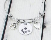 Personalized Pet Name Bracelet - Custom Paw Print Jewelry - Pet Name Jewelry - Pet Mom - Dog Mom - Dog Lover Gift - Cat Lover Gift for Her