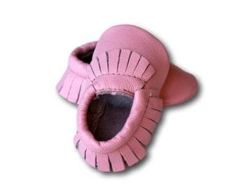 FREE SHIPPING! Light Pink Baby Moccasins // Pink Baby Moccasins // Baby Moccasins // Baby Girl Moccasin // Baby M