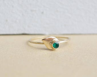 Emerald Ring, Gold Ring, Emerald, Stacking Rings, Emerald Petal Ring, Dainty Ring, 9ct Gold Ring, Solid Gold Ring, Birthstone Ring