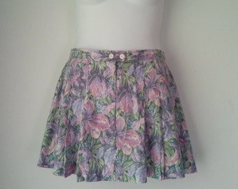 Vintage Juniors Plus Mini Floral Skirt with Pockets and Pleats Size 16 by Michele Palmer