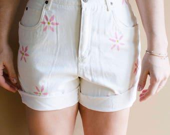 Vintage White Denim Flower Print Shorts- Vintage Mom Jeans, White Mom Jeans, Floral Mom Jeans, High Waisted Shorts, 90s Shorts, 90s Jeans