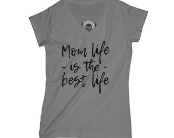 Thankful t-shirt Blessed mom t-shirt mom life shirt wife gift graphic t-shirt with sayings quote t-shirt best mom ever t-shirt  APV30