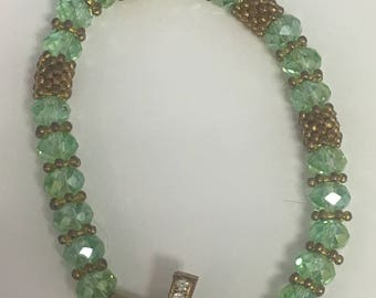 Vintage Religious Style Green Glass Facted Bead Bracelet w/ White Rhinestone Embedded Silver Tone Cross Costume Jewelry