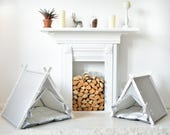 Dog teepee. White Dot teepee tent + gray dot cushion (Medium size)