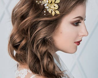 Golden bridal headpiece with leaves nature inspired wedding hairpiece