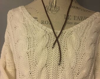 White Horn charm necklace