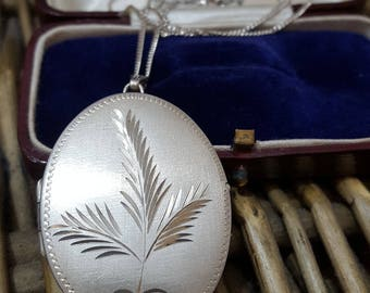 """Excalibur Jewellery Vintage Sterling Silver Locket, 1979, 925 Silver Chain, 18"""""""