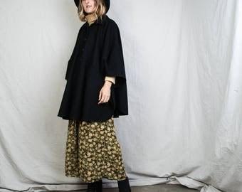 AMAZING Vintage PENDELTON Black Wool Poncho / 90s hipster jacket coat womens outerwear overcoat oversized cape coat