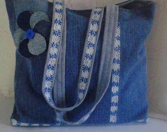 Tote bag in denim decorated with stripes with Pocket inside for lunch, shopping etc.