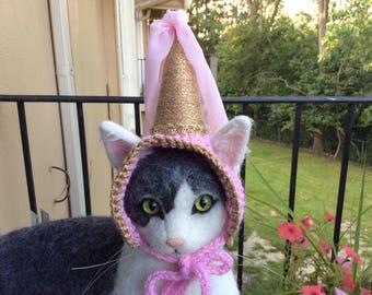 Princess hat, hat for cats, cat hat, cat costumes, cat photo prop, Halloween, pet costumes, cats, cat accessories, pet supplies, cat