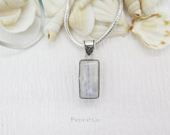 Vintage Moonstone Sterling Silver Pendant and Chain