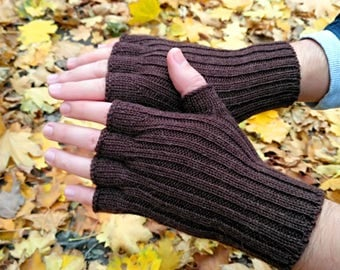 Fathers day gift for him gift for dad engagement gift hand knit mens gloves brown gloves half finger gloves winter arm warmers wrist warmers