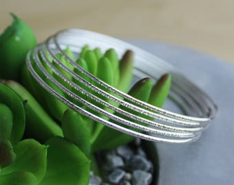 Simple Stacking Jewellery - Skinny Bangle Bracelets - Hammered Bangle Set - Thin Bracelet - Minimalist Stack Set - Dainty 925 Silver Jewelry