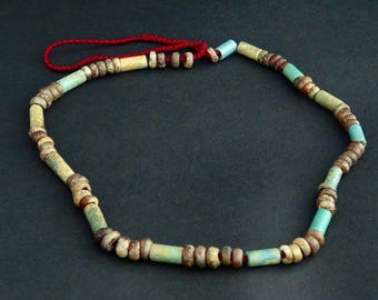 C2-     Very rare Spring and Autumn Period Chinese beads