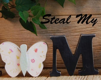 "Butterfly: Spring and Summer Stand Alone Decoration and ""O"" Insert ONLY - Craft for ""H M E"", ""L V E"" or ""WELCME"" Interchangeable Letter Set"