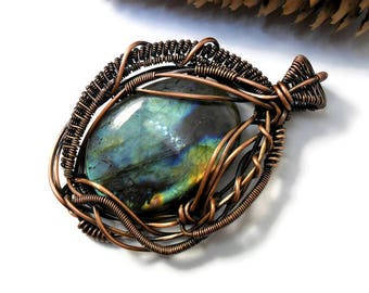 Labradorite wire wrap Wire wrapped pendant Heady wire wrap Copper necklace Labradorite pendant Gemstone necklace Wire wrap jewelry Bohemian
