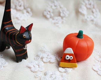 Candy corn brooch Halloween jewelry Kawaii candy brooch Terror brooch Halloween party sweents Halloween gifts Halloween clothe decor
